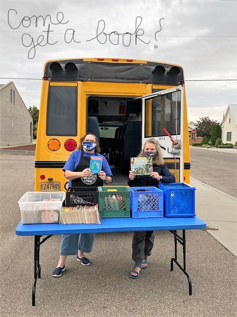 Ms. Petersen and Ms. Steinmetz at the Bookmobile